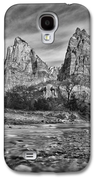 Southwest Landscape Galaxy S4 Cases - Patriarch Morning Galaxy S4 Case by Darren  White