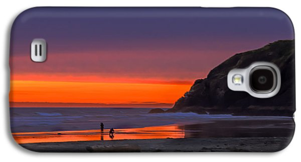 Haybale Photographs Galaxy S4 Cases - Peaceful Evening Galaxy S4 Case by Robert Bales