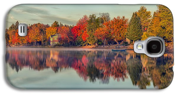 Beauty Mark Photographs Galaxy S4 Cases - Peaceful Morning Galaxy S4 Case by Mark Papke