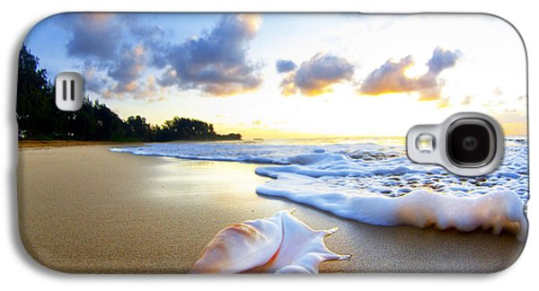 Beach Photographs Galaxy S4 Cases - Peachs n Cream Galaxy S4 Case by Sean Davey