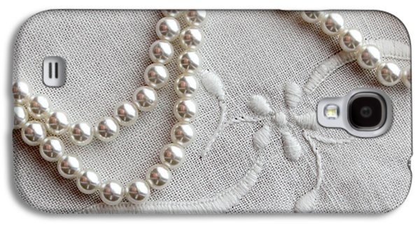 Gift Jewelry Galaxy S4 Cases - Pearls and Old Linen Galaxy S4 Case by Barbara Griffin