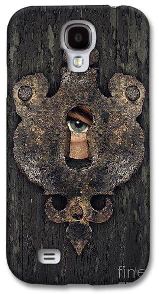 Hiding Galaxy S4 Cases - Peeking Eye Galaxy S4 Case by Carlos Caetano
