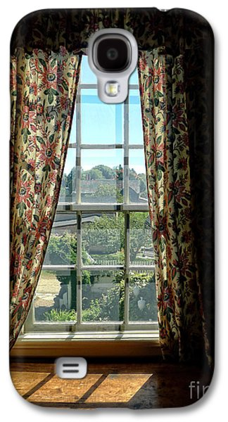 Period Window With Floral Curtains Galaxy S4 Case by Edward Fielding