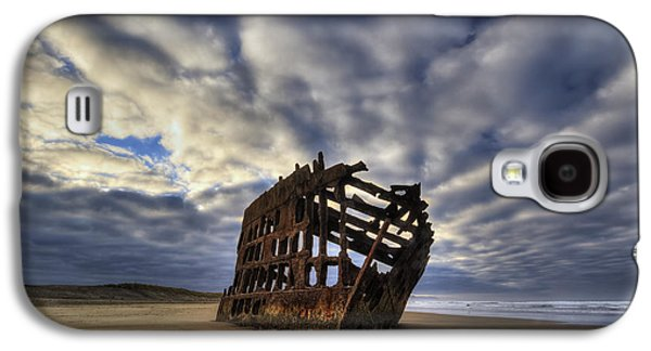 Spit Galaxy S4 Cases - Peter Iredale Shipwreck Sunrise Galaxy S4 Case by Mark Kiver