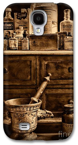 Old Grinders Galaxy S4 Cases - Pharmacist  Old Medicine in Black and White Galaxy S4 Case by Paul Ward