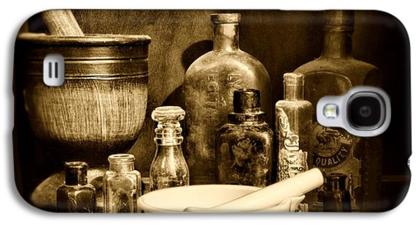 Pharmacy - Tools Of The Pharmacist - Black And White Galaxy S4 Case by Paul Ward