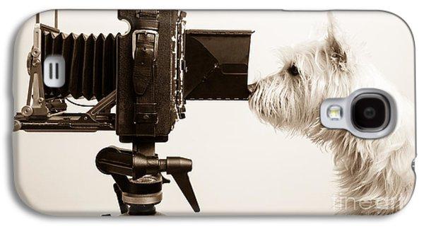 Pho Dog Grapher Galaxy S4 Case by Edward Fielding