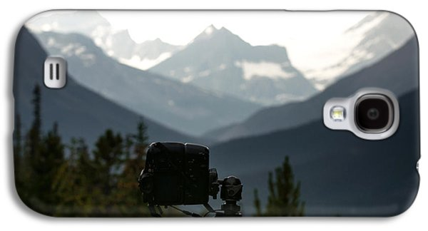 Behind The Scenes Photographs Galaxy S4 Cases - Photographing the Tonquin Valley Galaxy S4 Case by Cale Best