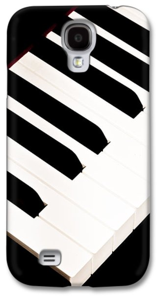 Keyboards Photographs Galaxy S4 Cases - Piano Galaxy S4 Case by Bob Orsillo