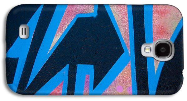 Urban Photographs Galaxy S4 Cases - Pink and Blue Graffiti Arrow Galaxy S4 Case by Carol Leigh