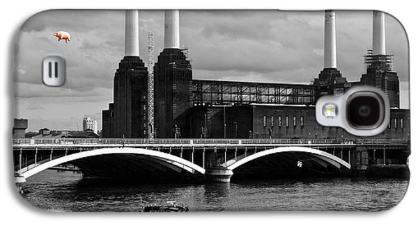 Pink Floyd's Pig At Battersea Galaxy S4 Case by Dawn OConnor