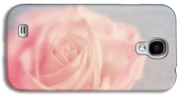 pink moments I Galaxy S4 Case by Priska Wettstein