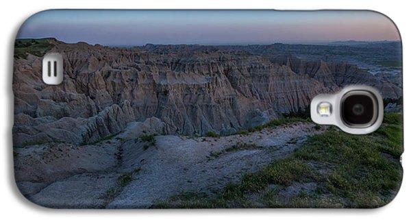 Canon 6d Photographs Galaxy S4 Cases - Pinnacles Overlook at Dusk Galaxy S4 Case by Aaron J Groen