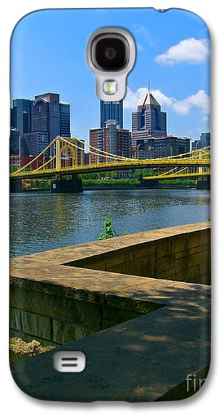 Roberto Clemente Galaxy S4 Cases - Pittsburgh Pennsylvania Skyline and Bridges as seen from the North Shore Galaxy S4 Case by Amy Cicconi