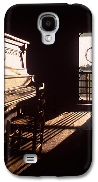 Screen Doors Galaxy S4 Cases - Play Me Galaxy S4 Case by David and Carol Kelly