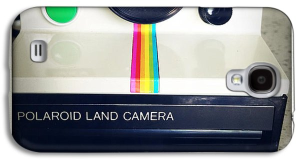 Transfer Galaxy S4 Cases - Polaroid camera.  Galaxy S4 Case by Les Cunliffe