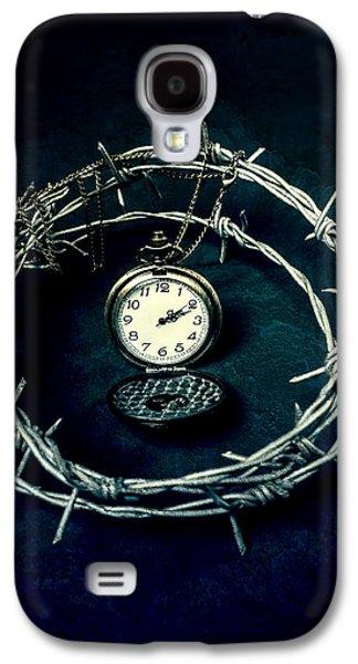 Creepy Galaxy S4 Cases - Precious Time Galaxy S4 Case by Joana Kruse