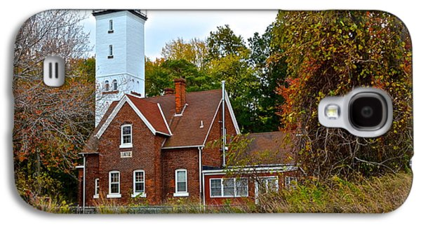 Old Maine Houses Galaxy S4 Cases - Presque Isle Lighthouse Galaxy S4 Case by Frozen in Time Fine Art Photography