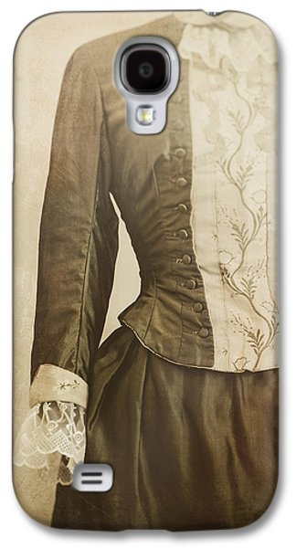 Dress Photographs Galaxy S4 Cases - Prim and Proper Galaxy S4 Case by Amy Weiss