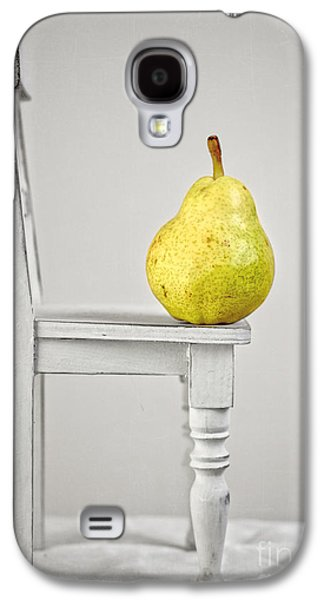 Style Life Photographs Galaxy S4 Cases - Pull Up A Chair Galaxy S4 Case by Edward Fielding