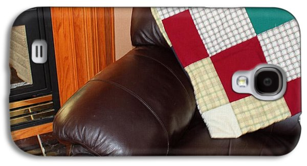 Block Quilts Tapestries - Textiles Galaxy S4 Cases - Quilt Beside a Fireplace Galaxy S4 Case by Barbara Griffin