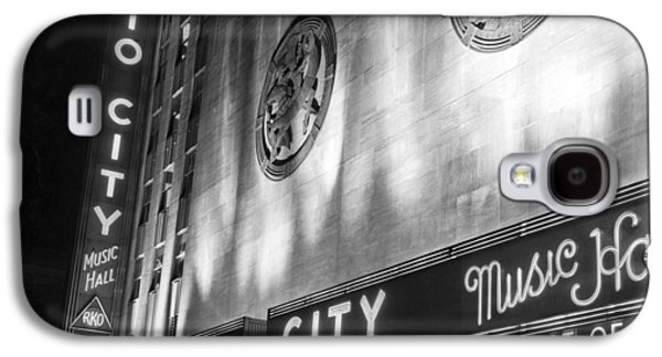 Radio City Music Hall Marquee Galaxy S4 Case by Underwood Archives
