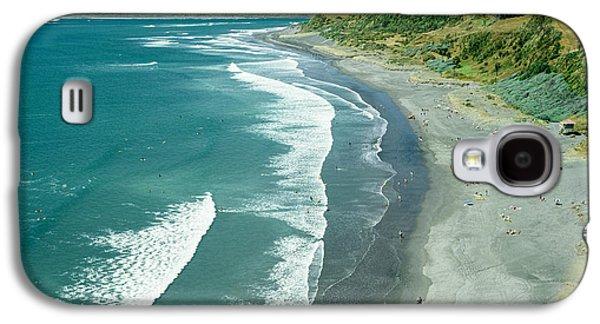 Aotearoa Galaxy S4 Cases - Raglan beach New Zealand Galaxy S4 Case by Bruce Stanfield