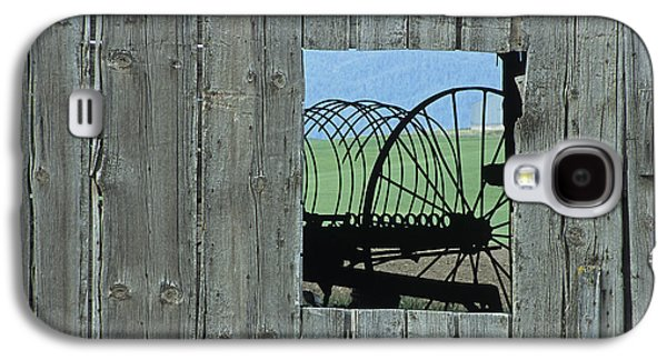 Machinery Galaxy S4 Cases - Rake and Barn Galaxy S4 Case by Latah Trail Foundation