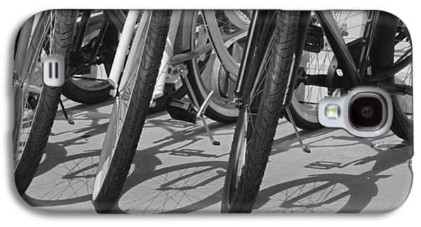 Bicycle Photographs Galaxy S4 Cases - Ready for a Spin in Black and White Galaxy S4 Case by Suzanne Gaff
