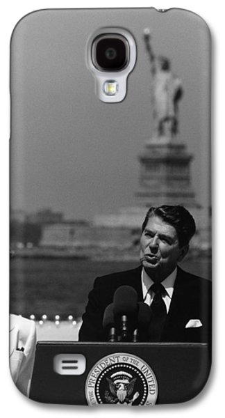 Reagan Galaxy S4 Cases - Reagan Speaking Before The Statue Of Liberty Galaxy S4 Case by War Is Hell Store