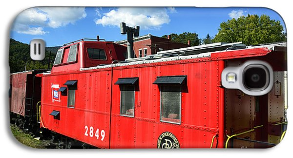 Caboose Photographs Galaxy S4 Cases - Really Red Caboose Galaxy S4 Case by Thomas R Fletcher