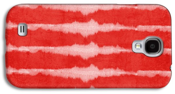 Red Mixed Media Galaxy S4 Cases - Red and White Shibori Design Galaxy S4 Case by Linda Woods