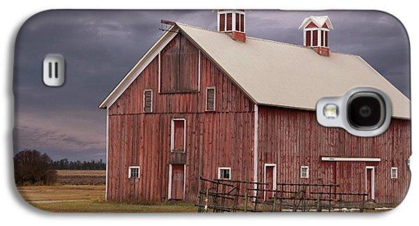 Rural Scenes Photographs Galaxy S4 Cases - Red Barn  Galaxy S4 Case by Juli Scalzi