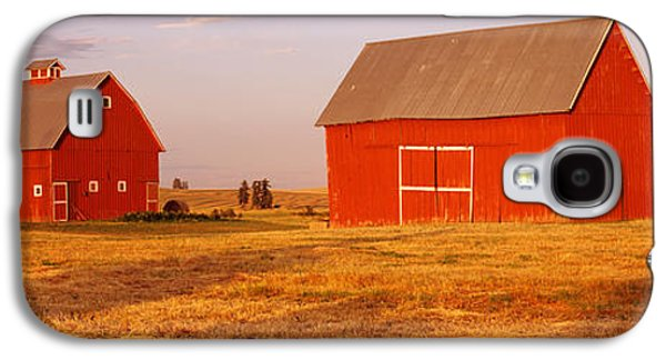 Bale Galaxy S4 Cases - Red Barns In A Farm, Palouse, Whitman Galaxy S4 Case by Panoramic Images