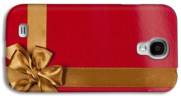 Gift Photographs Galaxy S4 Cases - Red gift background with gold ribbon Galaxy S4 Case by Elena Elisseeva