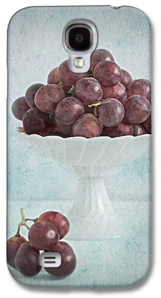 Grapes Art Deco Galaxy S4 Cases - Red Grapes  Galaxy S4 Case by Corinna  Gissemann