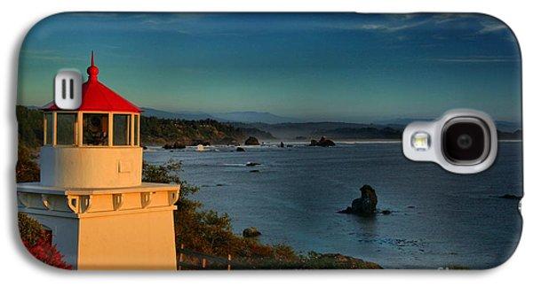 Foggy Beach Galaxy S4 Cases - Red Head Light Galaxy S4 Case by Adam Jewell