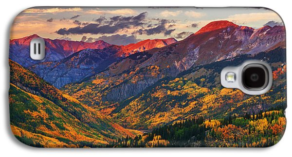 Sunset Framed Prints Galaxy S4 Cases - Red Mountain Pass Sunset Galaxy S4 Case by Darren  White