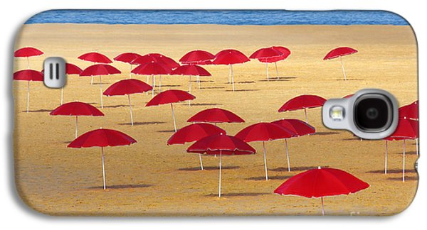 Nature Abstracts Galaxy S4 Cases - Red Umbrellas Galaxy S4 Case by Carlos Caetano