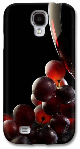 Studio Photographs Galaxy S4 Cases - Red wine with grapes Galaxy S4 Case by Johan Swanepoel
