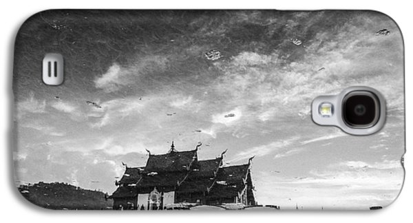 Historical Buildings Galaxy S4 Cases - Reflection of royal park Rajapruek temple in the water  Galaxy S4 Case by Setsiri Silapasuwanchai