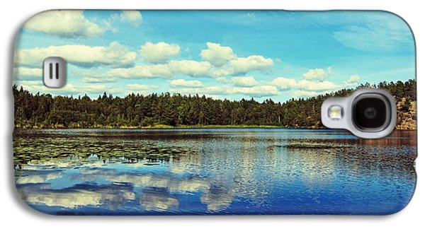 Waterscape Galaxy S4 Cases - Reflections of nature Galaxy S4 Case by Nicklas Gustafsson