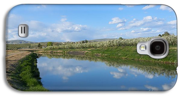 Yakima Valley Galaxy S4 Cases - Reflections of Spring Galaxy S4 Case by Mike  Dawson