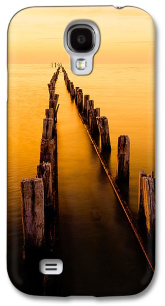 Light Galaxy S4 Cases - Remnants Galaxy S4 Case by Chad Dutson
