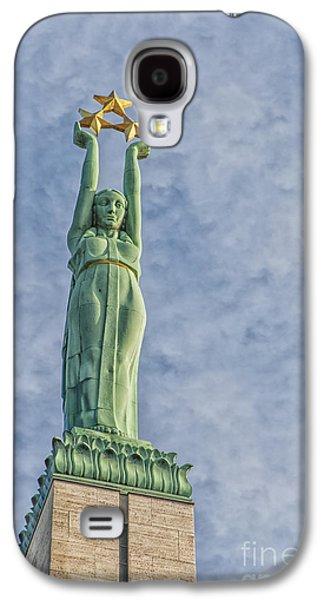 Star Alliance Photographs Galaxy S4 Cases - Riga Freedom Monument 04 Galaxy S4 Case by Antony McAulay