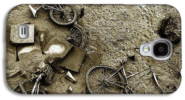 Waste Galaxy S4 Cases - River Bank Galaxy S4 Case by Mark Rogan