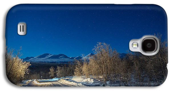 Temperature Galaxy S4 Cases - Road And Landscape, Cold Temperatures Galaxy S4 Case by Panoramic Images
