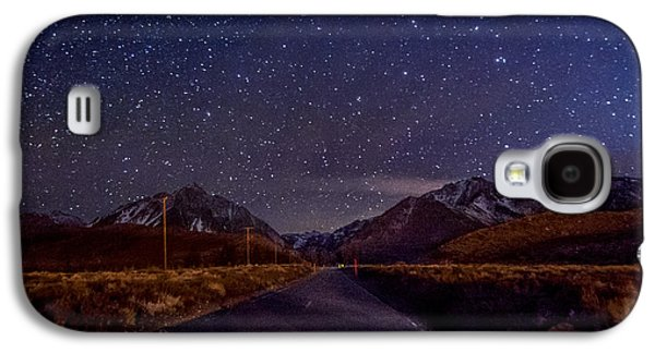 Road Travel Galaxy S4 Cases - Road to Convict Lake Galaxy S4 Case by Cat Connor