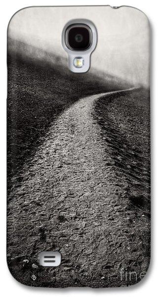 Slide Galaxy S4 Cases - Road to Nowhere Haleakala National Park Maui Hawaii Galaxy S4 Case by Edward Fielding