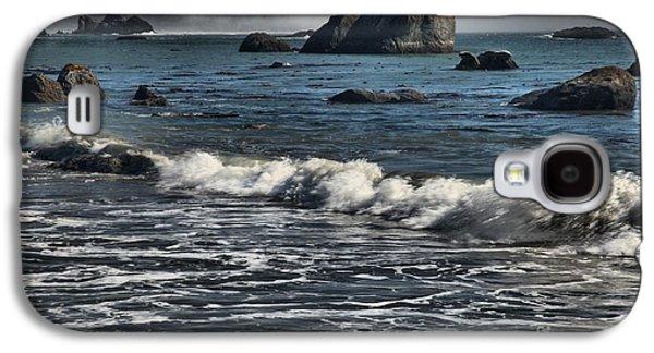 Foggy Beach Galaxy S4 Cases - Rocks In The Surf Galaxy S4 Case by Adam Jewell